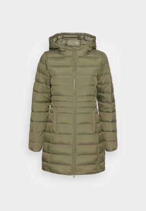 LIGHT WEIGHT PUFFER COAT - Winter coat - deep olive green