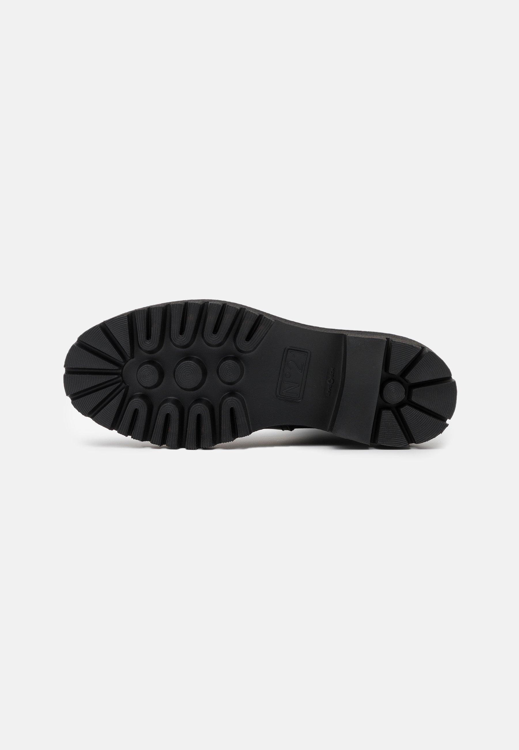 BOOTS Platåstövlar black