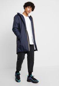 K-Way - UNISEX LE VRAI EIFFEL ORSETTO - Winter coat - blue depth - 1