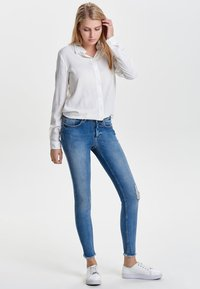 ONLY - ONLY - Jeans Skinny Fit - light blue denim - 1