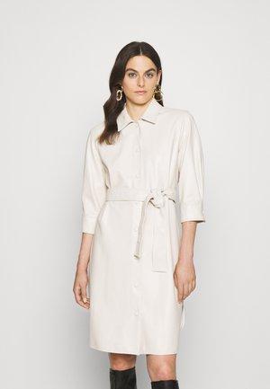 BRONTE - Skjortklänning - bianco lana