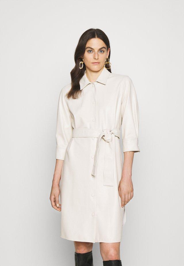 BRONTE - Shirt dress - bianco lana