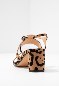 Topshop Wide Fit - WIDE FIT DITA STRAP - Sandals - brown - 5
