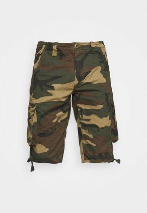 JET CAMO - Shorts - woodland