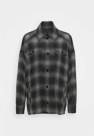 SPECIAL JARAH - Košile - black denim