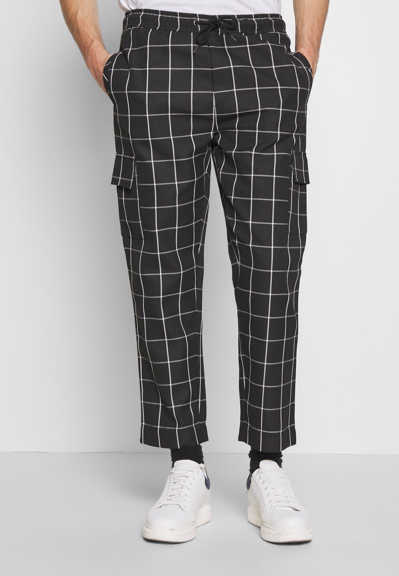 D-STRUCT - BEGAZI - Cargo trousers - black