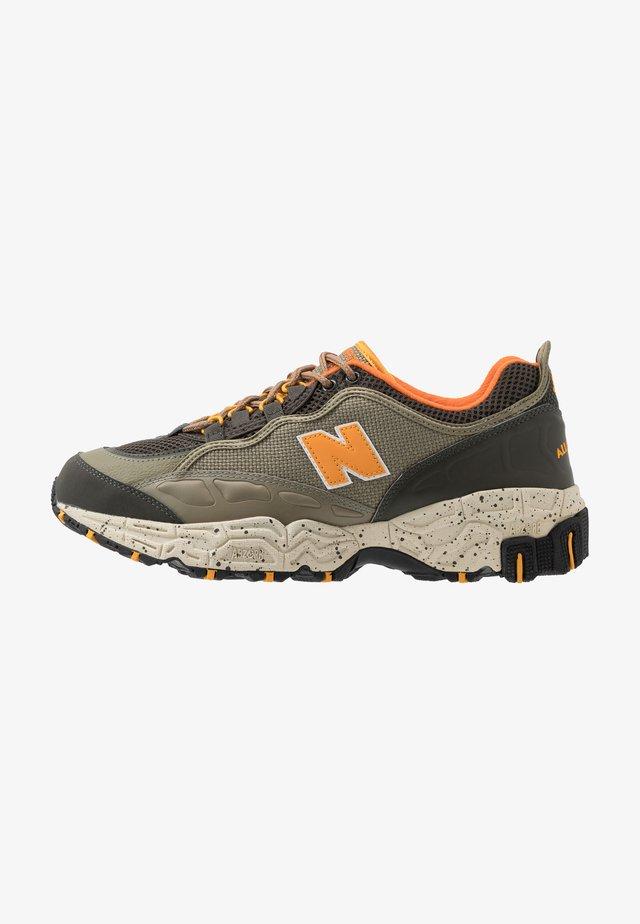 801 - Sneakers - green/orange