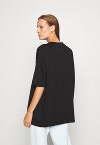 ARKET - Basic T-shirt - black dark - 2