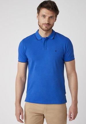 SS PIQUE - Polo shirt - wrangler blue
