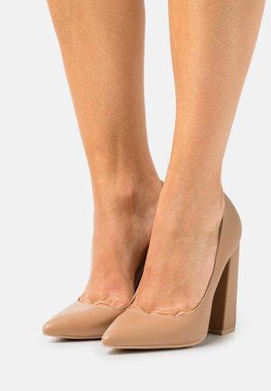 KENZI - Lodičky na vysokém podpatku - brown