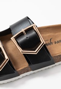 New Look - HALLIE - Slippers - black - 2