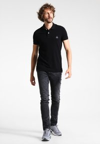 TOM TAILOR DENIM - CULVER  - Slim fit jeans - dark stone black denim - 1