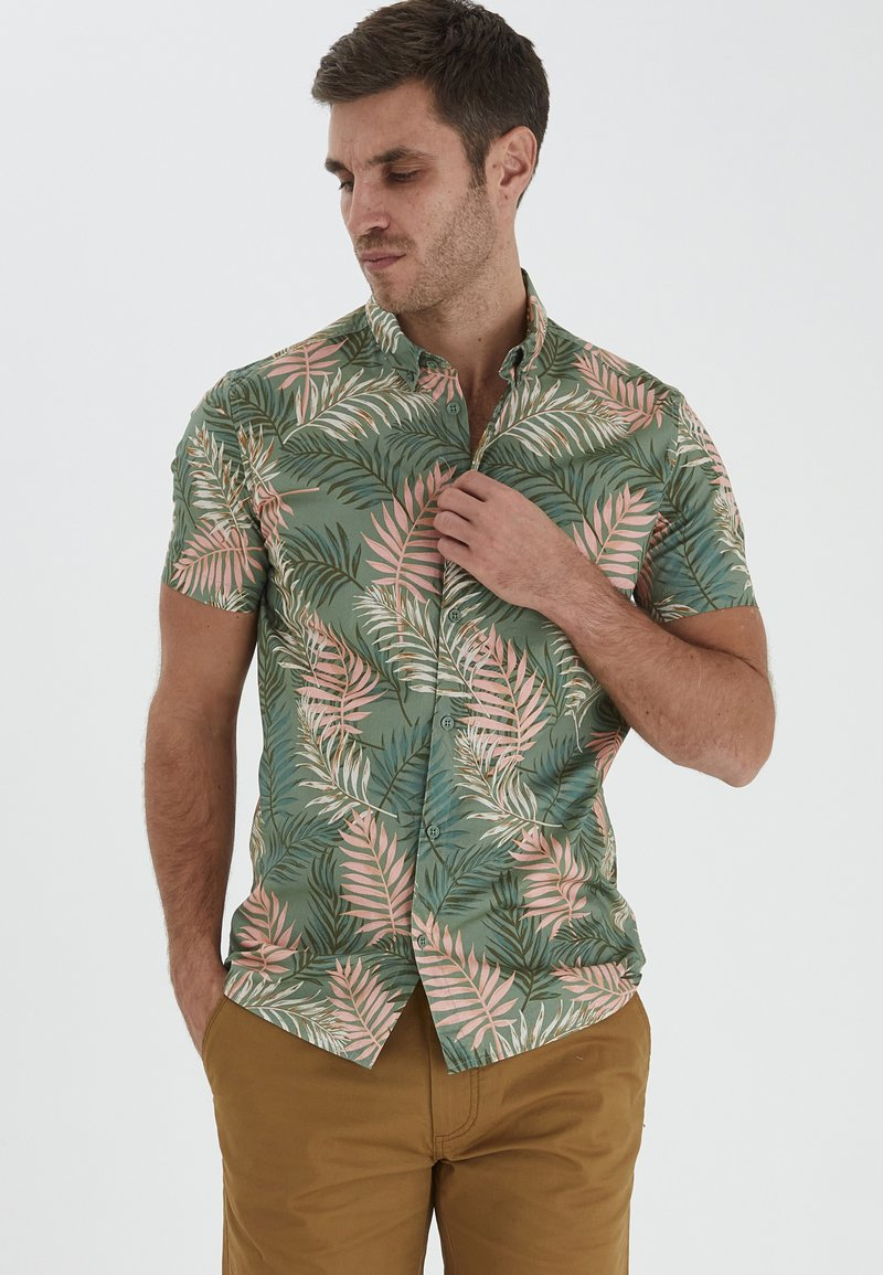 Solid - Shirt - hedge green
