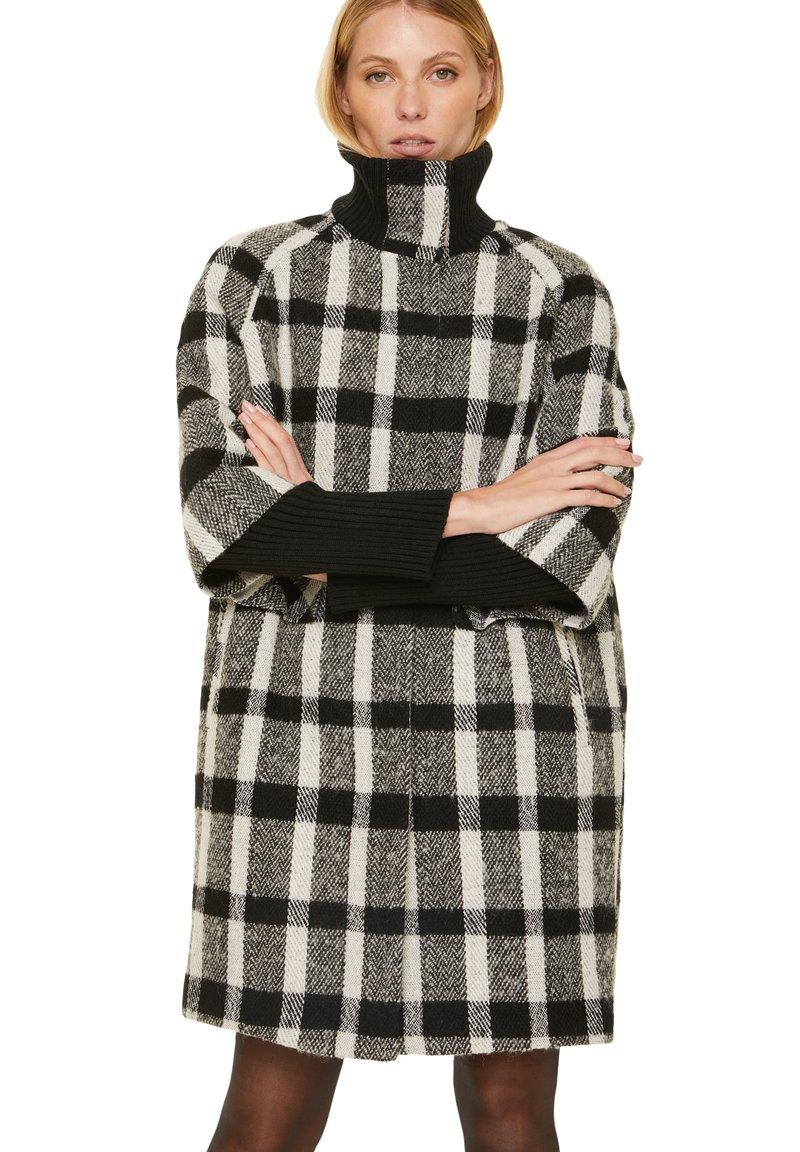 comma - Short coat - black white