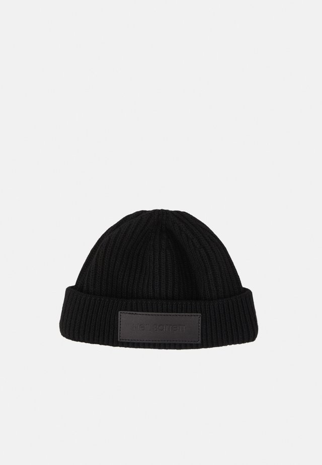 LOGO BADGE BEANIE - Bonnet - black