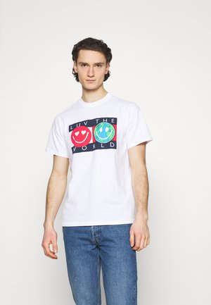 LUV THE WORLD TEE - T-shirt imprimé - white