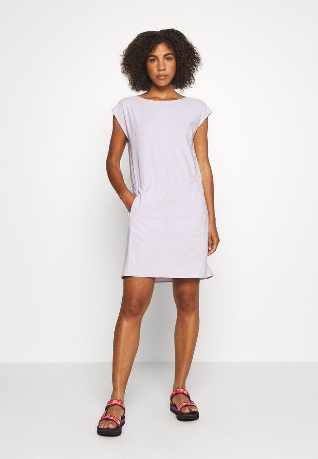 DAWN DRESS - Sukienka sportowa - lilac