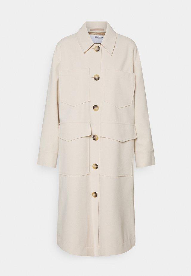SLFSUSSA LONG - Klasický kabát - sandshell