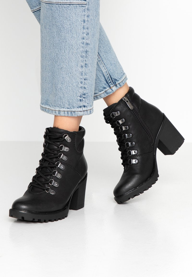 Marco Tozzi - Ankle boots - black