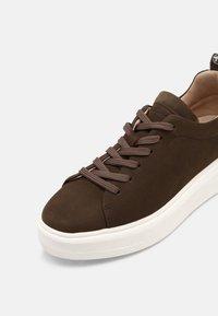 Tamaris GreenStep - Sneakers laag - moss - 7