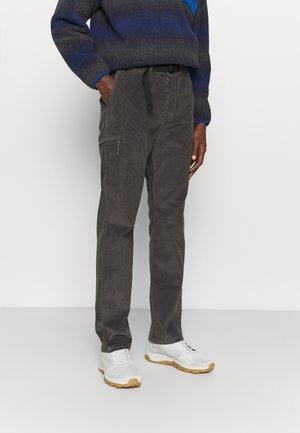 GI PANTS - Bukse - forge grey