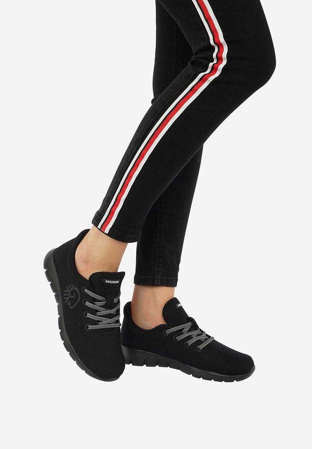 RUNNERS - Sneakers laag - black