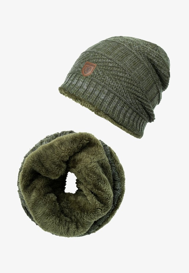 SET - Sjaal - dark green