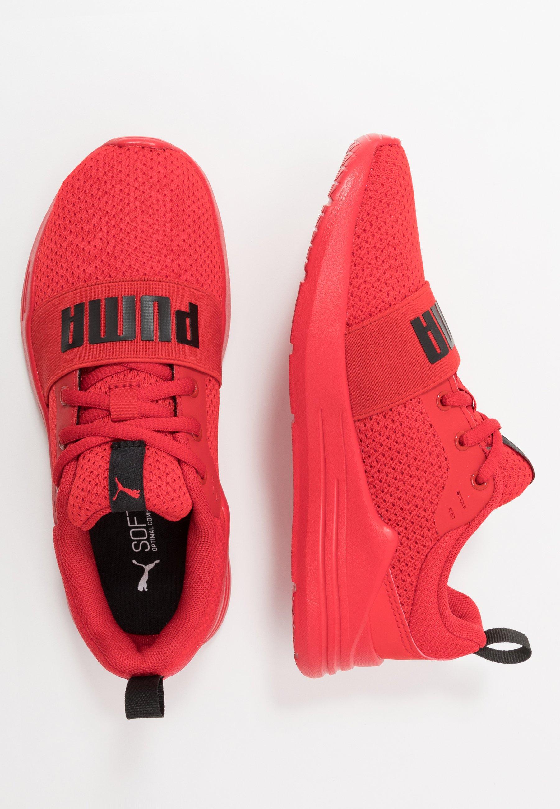 WIRED RUN - Chaussures de running neutres - red