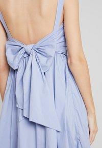 By Malina - JEANNI DRESS - Hverdagskjoler - ocean blue - 6