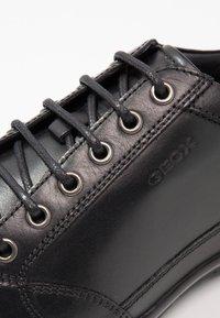 Geox - SYMBOL - Zapatos con cordones - black - 5