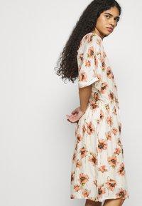 Mos Mosh - RIKAS COSTA DRESS - Sukienka letnia - ecru - 4