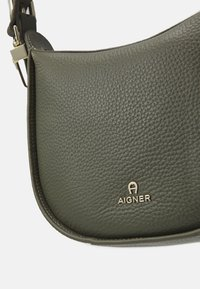 AIGNER - IVY BAG - Handbag - moss green - 3