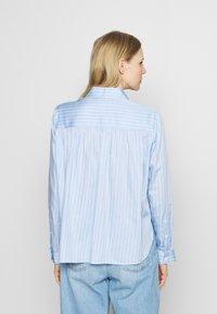 Seidensticker - Button-down blouse - hellblau - 2