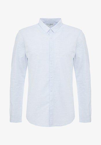 SPACE YARN SHIRT - Camisa - light blue