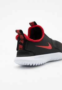 Nike Performance - FLEX RUNNER UNISEX - Chaussures de running neutres - university red/black/white - 5