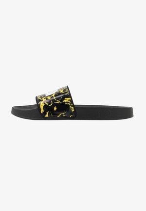 BASE CAMP SLIDE - Mules - black/yellow
