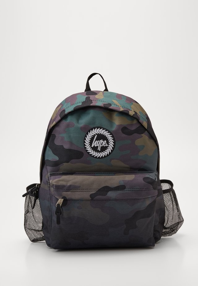 BOTTLE BACKPACK CAMO FADE - Ryggsekk - black