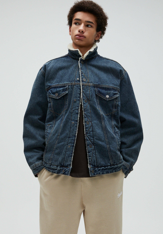Uomo JEANSJACKE MIT LAMMFELLIMITAT - Giacca di jeans