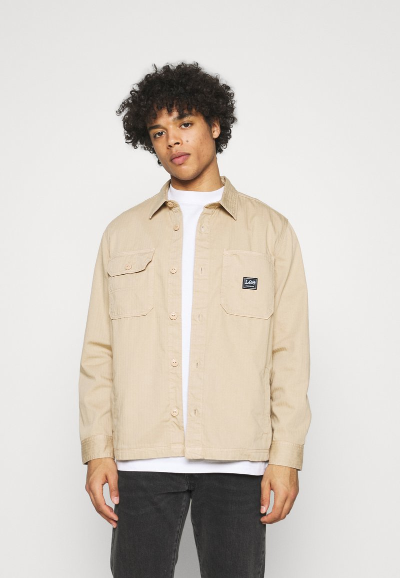 Lee - BOX POCKET OVERSHIRT - Giacca leggera - service sand