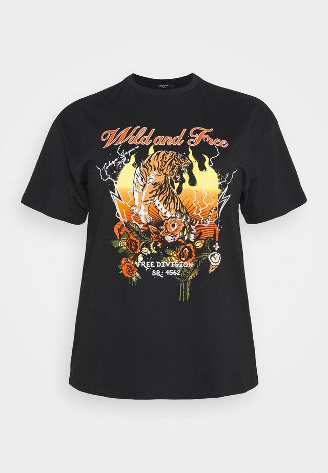 WILD AND FREE SLOGAN  - T-shirt print - black
