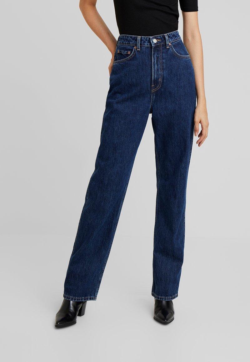 Weekday - ROWE WIN - Straight leg jeans - win blue