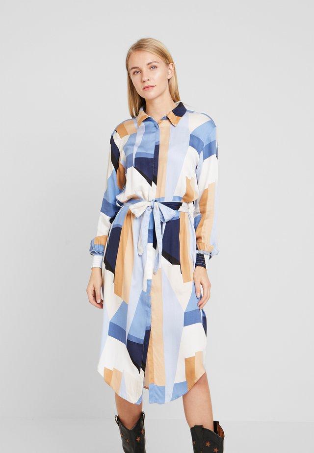 RIGMOR DRESS - Paitamekko - light blue