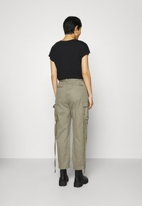 Replay - PANTS - Cargo trousers - moss green - 2