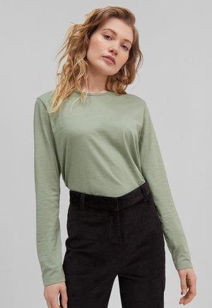 Pitkähihainen paita - light green
