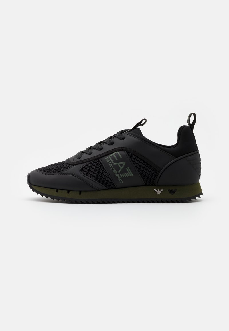 EA7 Emporio Armani - Sneakersy niskie - triple black/grape