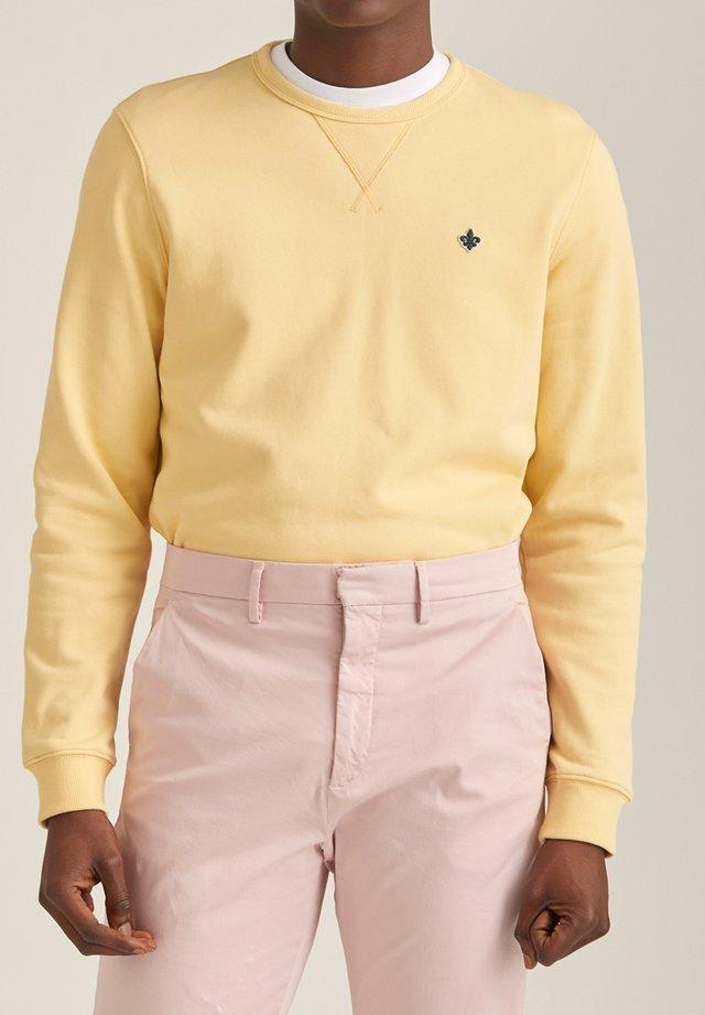 Collegepaita -  yellow