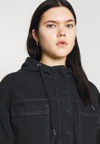 BDG Urban Outfitters - JARED HOODED JACKET - Denim jacket - black - 3