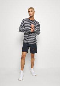 G-Star - FRONT POCKET SPORT SHORT - Shorts - pabe poplin - mazarine blue - 1