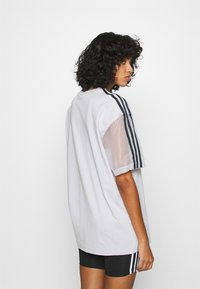 adidas Originals - SPORTS INSPIRED SHORT SLEEVE TEE - Print T-shirt - lgh solid grey - 2