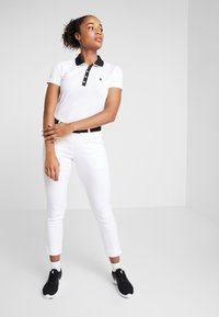Daily Sports - MAGIC HIGH WATER - Trousers - white
